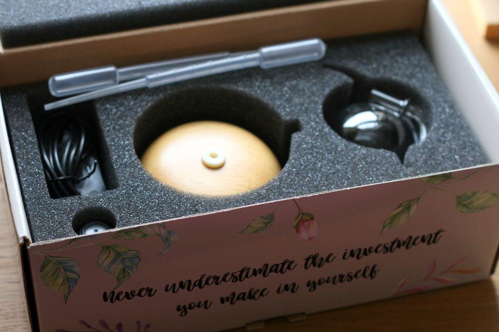 utama spice oil diffuser box contents